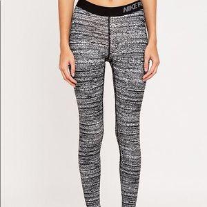 Nike pro small full length tight legging black gre